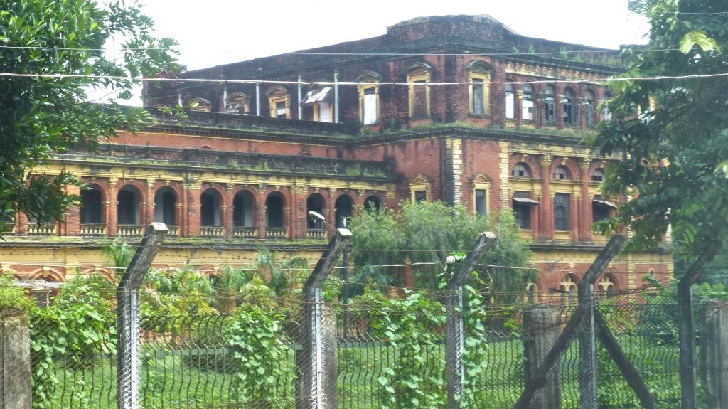 Burma myanmar 6 yangon some modern history i see for Modern house yangon