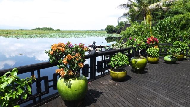 Restaurant deck (P1100752