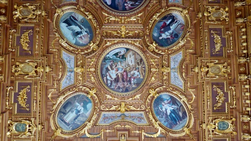 Part of the ceiling in the Golden Saale of the Town Hall