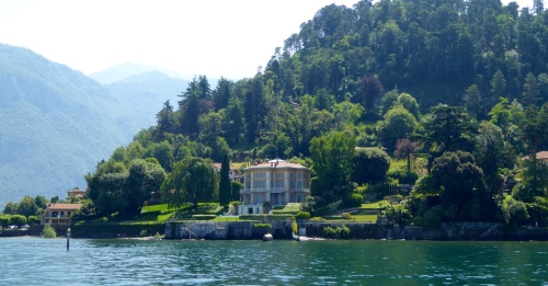 Home on foreshore. Of Bellagio, Lake Como.