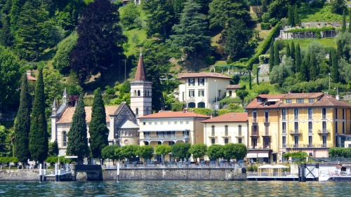 Typical village scene ... Lake Como