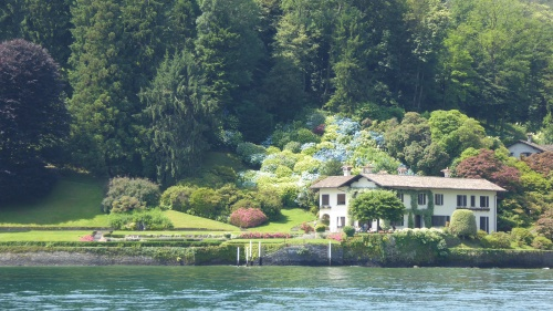 My favourite house with its sweeping lawns and masses of blue hydrangeas.