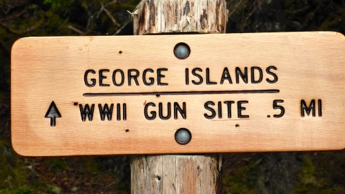 Signpost for Gun Site Walk © DY of jtdytravels; P1110257